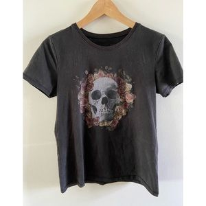 Flower and skull printed tee